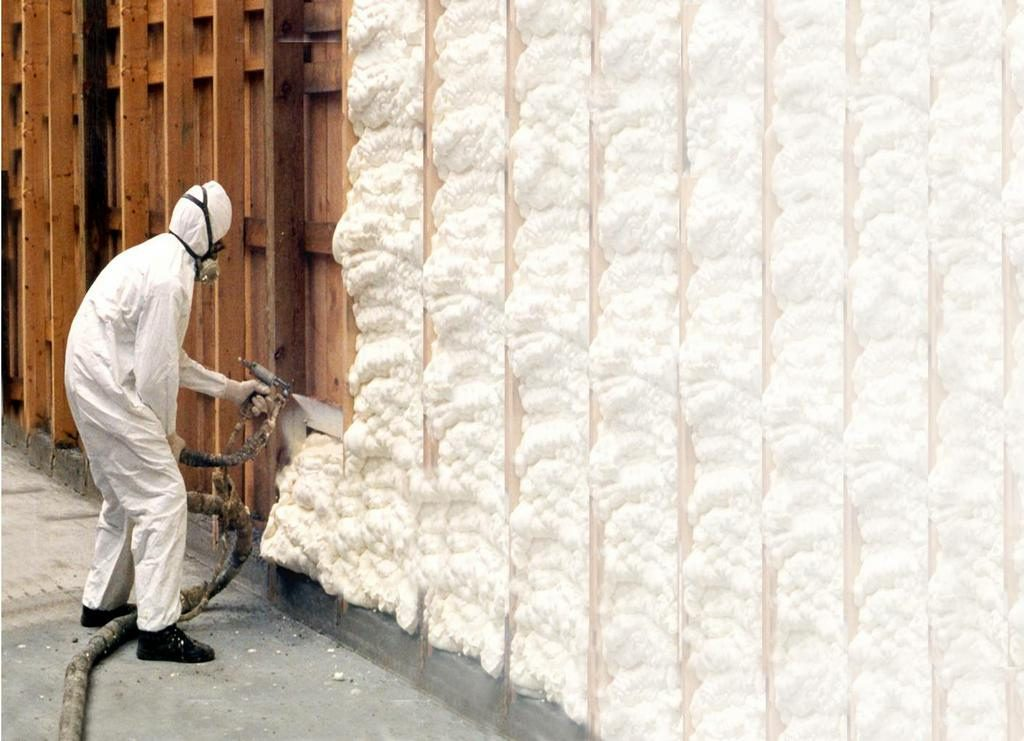 spray-foam-1024x741 (1)